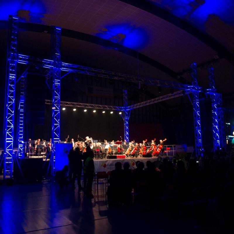 scena, orkiestra