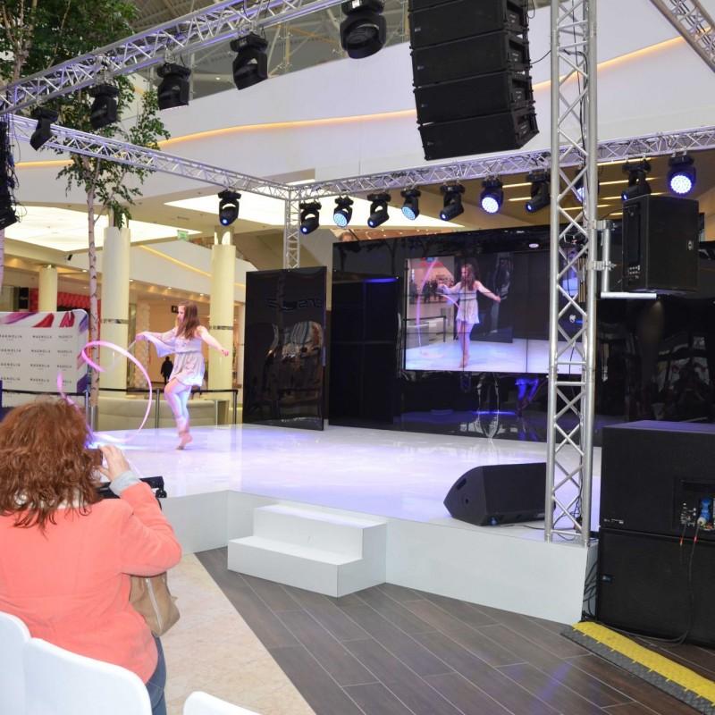 Talent show - występ na scenie