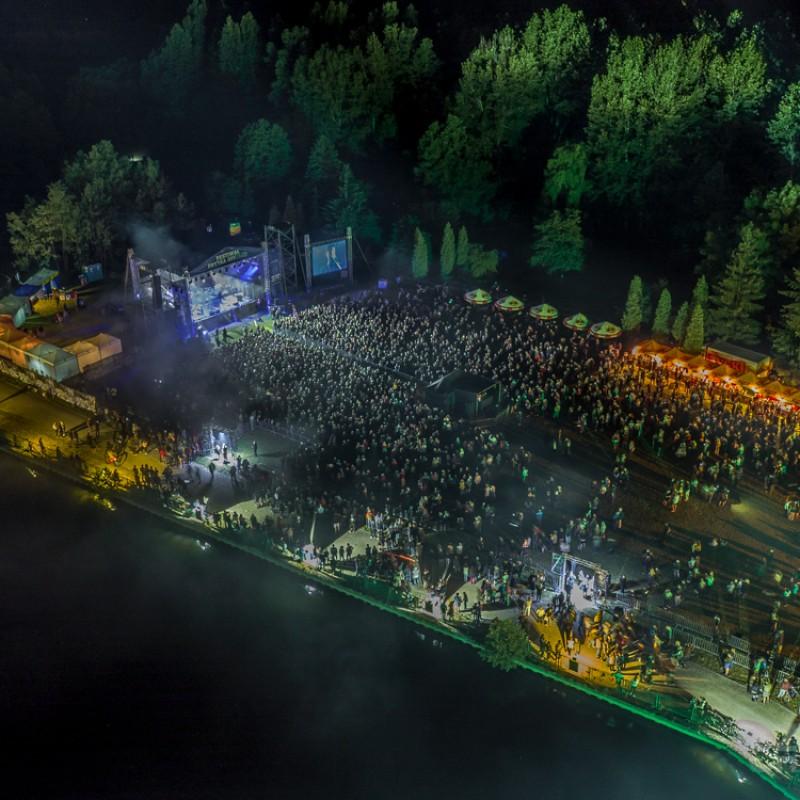 scena na festiwalu
